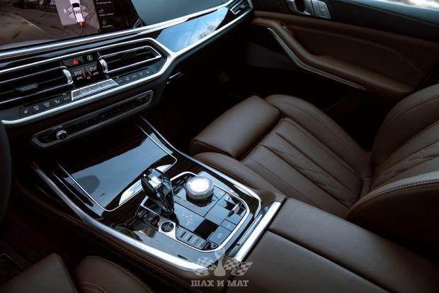 Аренда BMW X7 (2021)