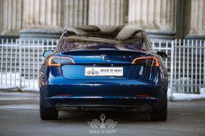 Аренда Tesla Model 3 Long Range (blue)