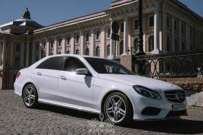 Прокат Mercedes-Benz E 200 AMG